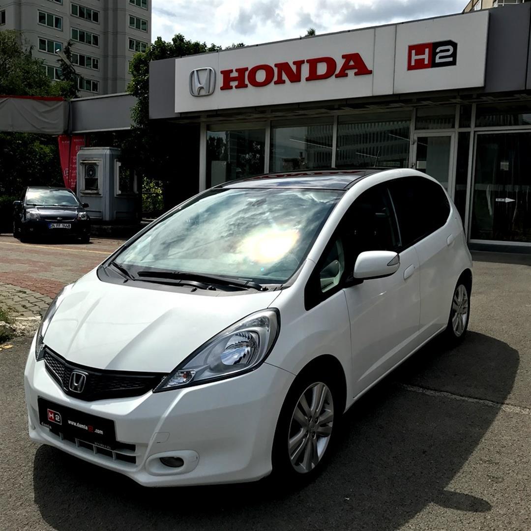 Honda Jazz 14 Fun Plus Cvt 2012 Model Alp Beyazı Ikinci El Satılık